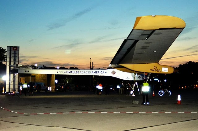 Solar Impulse 2 - Credits  Charles Barilleaux (CC BY 2.0)