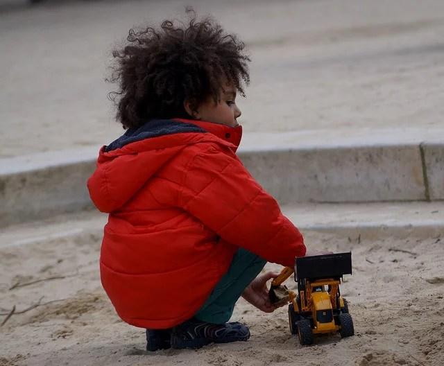 bac à sable credits Guitguit via Flickr ( (CC BY-NC-ND 2.0)