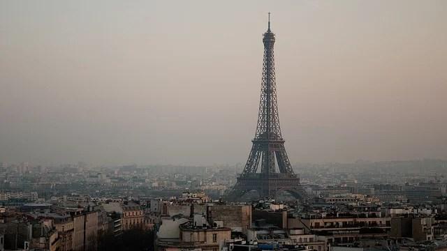 Wendy-Big Eiffel(CC BY-NC-ND 2.0)