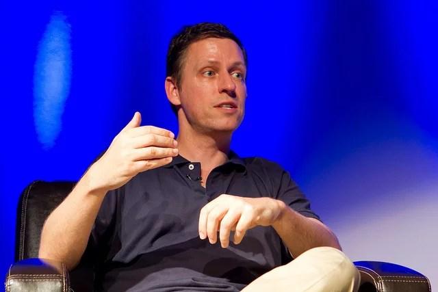 PandoMonthly - April 2012 - Sarah Lacy Interviews Peter Thiel crédits Ken Yeung (CC BY-NC-ND 2.0)