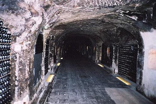 Yael Beeri Moet&Chandon caves(CC BY-NC-ND 2.0)