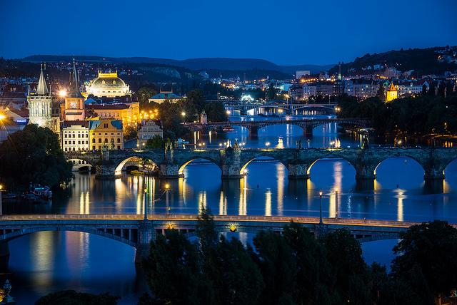 Howard Ignatius-Vltava River View(CC BY-NC-ND 2.0)