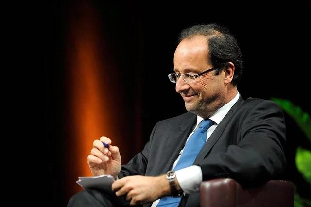 La cote de popularité de François Hollande chute encore selon un nouveau sondage