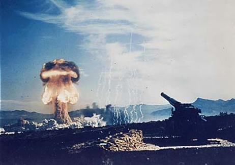 nuclear-bomb-test by vaXzine (CC BY-NC-ND 2.0)