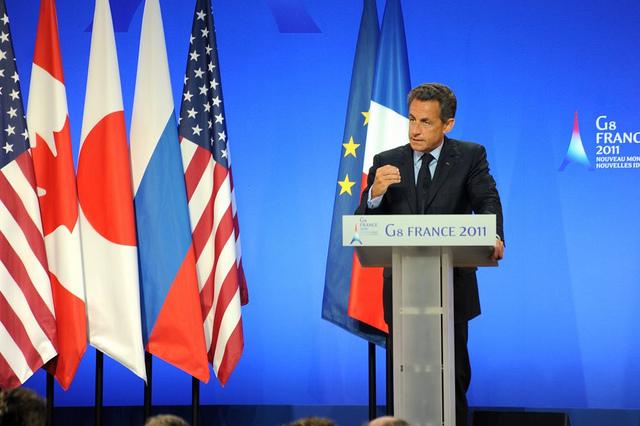 Primaire à droite : Sarkozy envers et contre tout ?