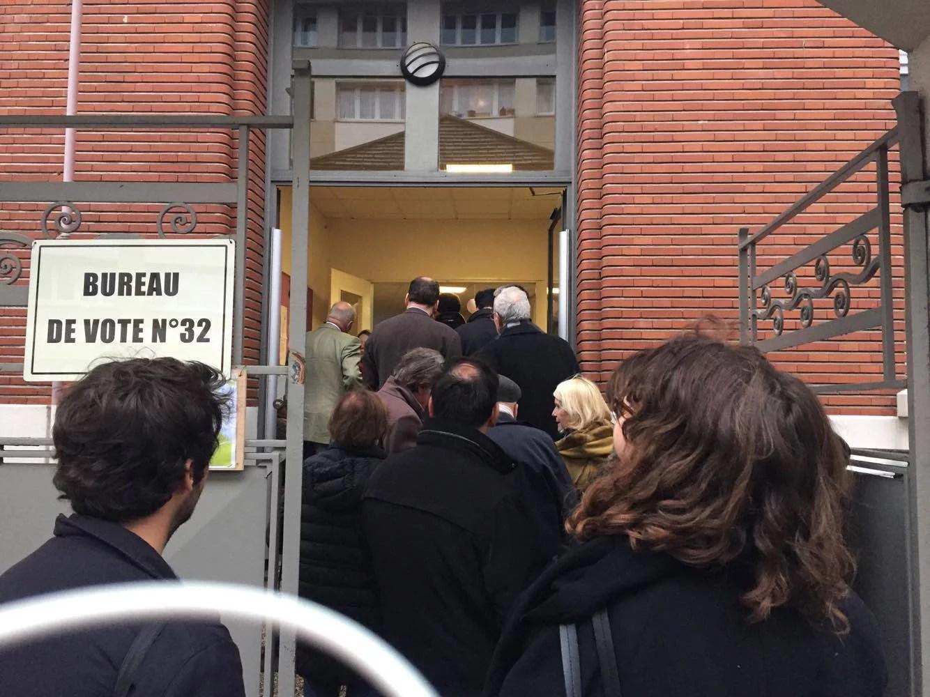 bureau-de-vote-primaire-droite-versailles