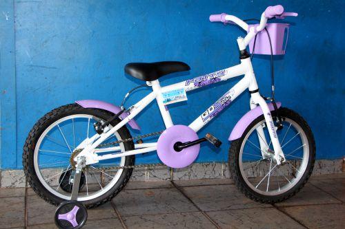 Bicicleta infantil (Aro 16) poderá ser trocada caso o ganhador seja menino