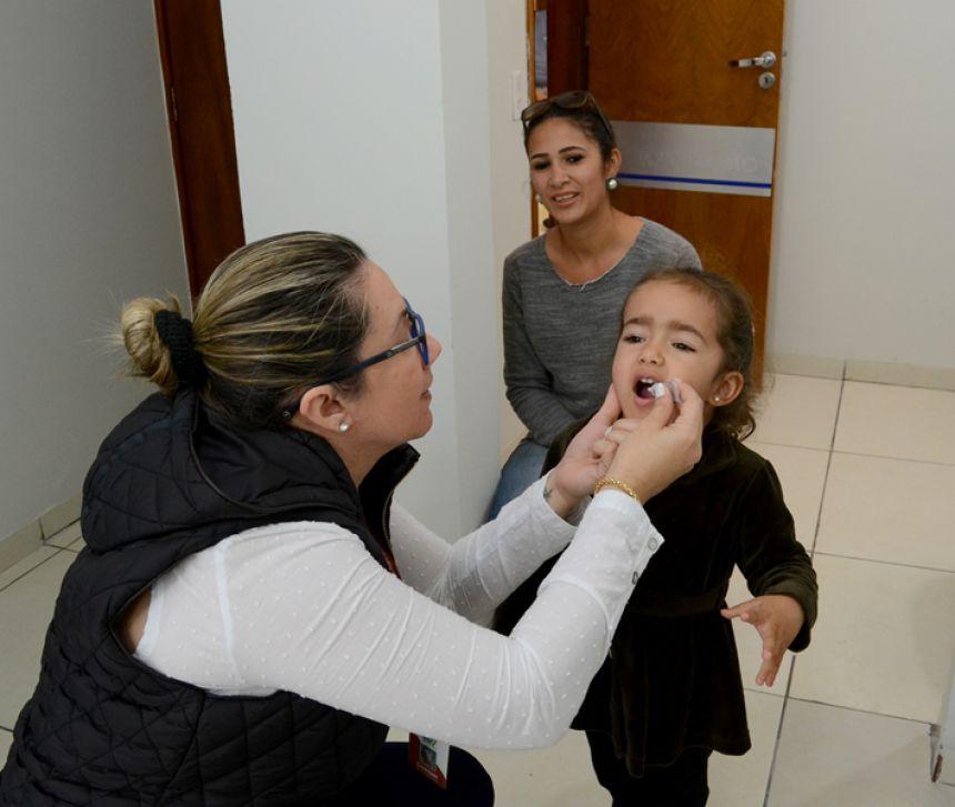 Em uma semana, São Pedro do Ivaí vacina 37% das crianças contra pólio e sarampo