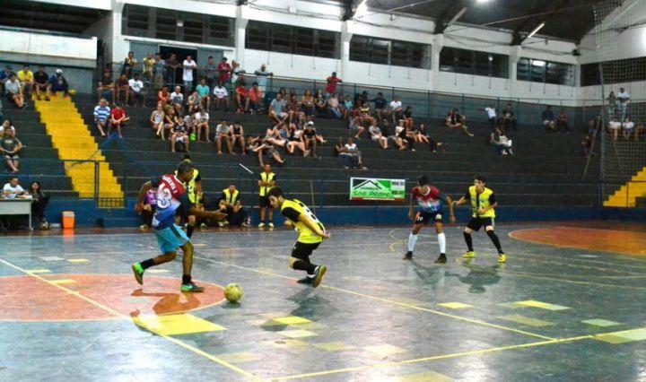 Campeonato Interbairros de São Pedro do Ivaí define semifinalistas 0b0dd30faa268
