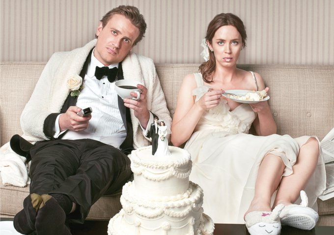 Emily Blunt and Jason Segal in a scene from 5-year engagement