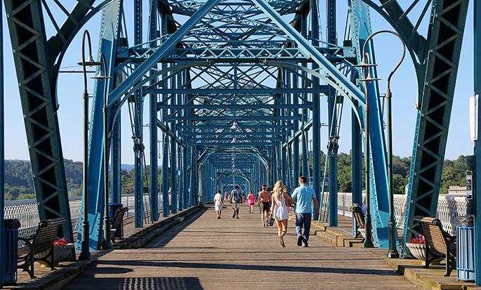 Walnut Street Bridge in Chattanooga Image
