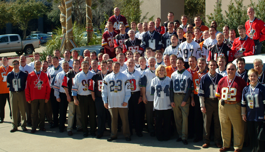 Convergint Colleagues Posing for a Picture at Their 2007 Conference