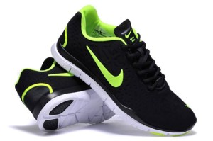 nike shoe green shoe size