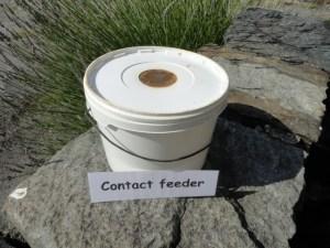 contact feeder