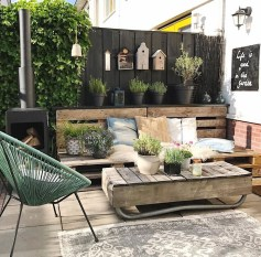 Amazing Scandinavian Backyard Landscaping Ideas 31