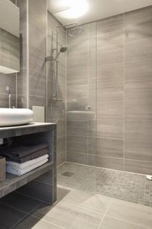 Creative Master Bathroom Shower Remodel Ideas 49