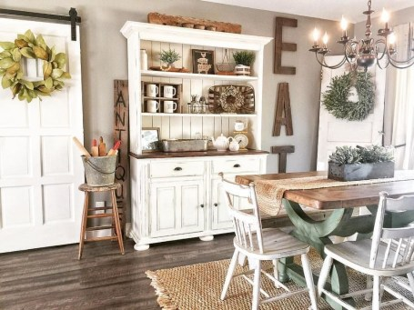 Fantastic Simple Farmhouse Home Decor Ideas 15