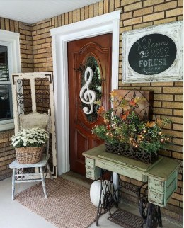 Fantastic Simple Farmhouse Home Decor Ideas 39