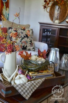 Fascinating Fall Home Tour Decor To Inspire 23
