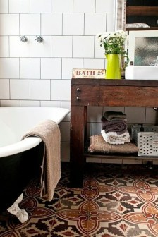 Lovely Eclectic Bathroom Ideas 03