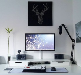 Unique Gaming Desk Computer Setup Ideas 44