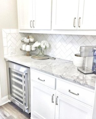 Cute Farmhouse Kitchen Backsplash Ideas 34