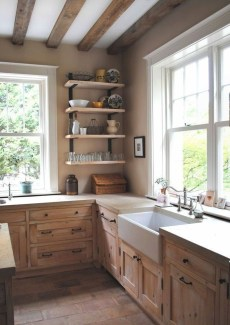Magnificient Rustic Country Kitchen Ideas To Renew Your Ordinary Kitchen 44
