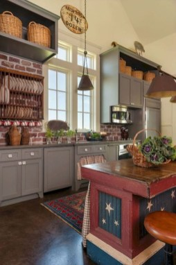 Stunning Farmhouse Kitchen Color Ideas 08
