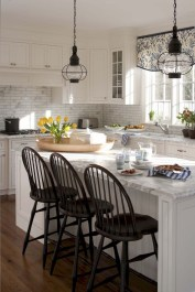 Unique Farmhouse Lighting Kitchen Ideas 40