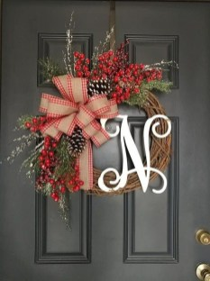 Brilliant Christmas Front Door Decor Ideas 04