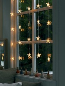 Fascinating Christmas Decor Ideas For Small Spaces 04