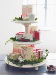 Inspiring Christmas Centerpiece Ideas 13