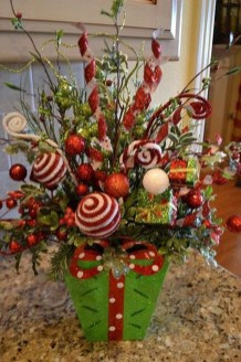 Inspiring Christmas Centerpiece Ideas 20