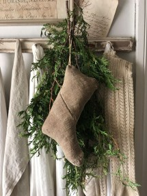Magnificient Rustic Christmas Decorations And Wreaths Ideas 04