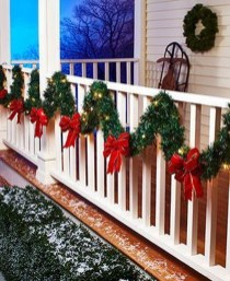 Stunning Balcony Decor Ideas For Christmas 13