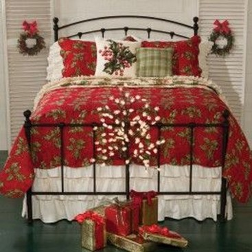 Stunning Christmas Bedroom Decor Ideas 46