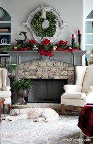 Wonderful Red Christmas Decoration Ideas 43