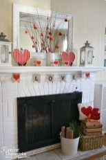 Comfy Valentine Decor Ideas For This Year 32