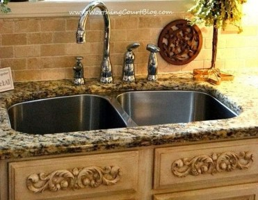 Delightful French Country Kitchen Design Ideas 29