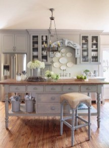 Delightful French Country Kitchen Design Ideas 48