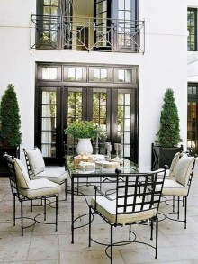 Amazing French Country Dining Room Table Decor Ideas 29