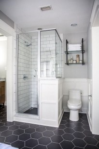 Awesome Master Bathroom Remodel Ideas On A Budget 37