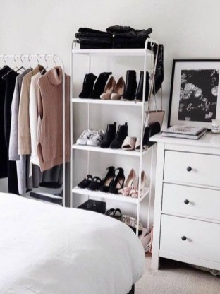 Minimalist Bedroom Design Storage Organization Ideas 27