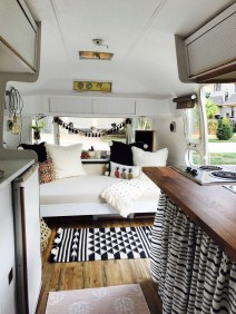 Wonderful Rv Camper Van Interior Decorating Ideas 15
