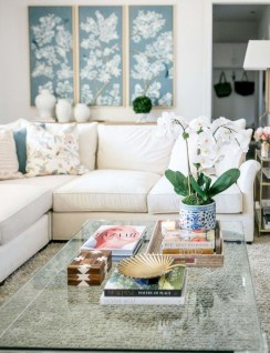 Marvelous Glass Coffee Tables Ideas For Living Room 42