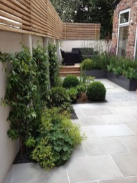 Stunning Front Yard Courtyard Landscaping Ideas 26