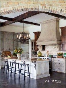 Stylish French Country Kitchen Decor Ideas 21
