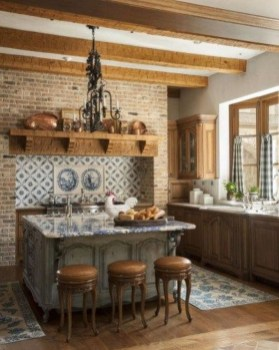 Stylish French Country Kitchen Decor Ideas 45