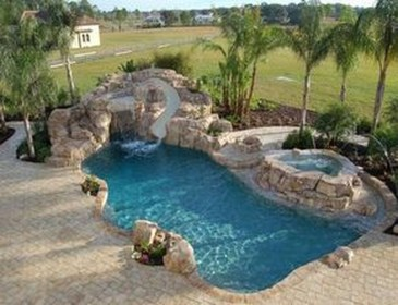 Amazing Natural Small Pools Design Ideas For Backyard 06