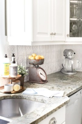 Attractive Kitchen Decorating Ideas With Farmhouse Style 16